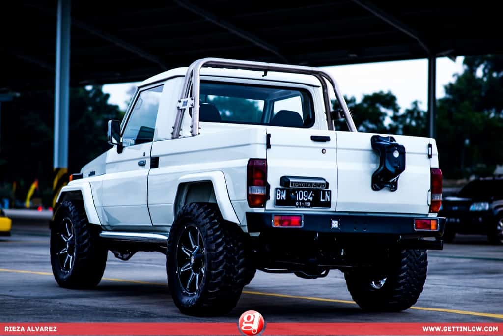 Eddhie Lee: 1986 Toyota BJ40